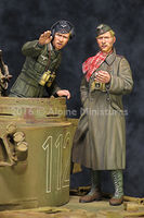 DAK AFV Commander Set (2 figs) - Image 1