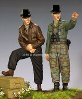 WSS Officer 44-45 Set - 2 figs - Image 1