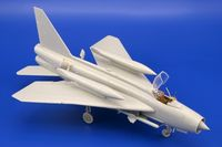 BAC Lightning F.1A/F.2 exterior TRUMPETER - Image 1