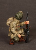 U.S. Army Airborne BAR Gunner on rest - Image 1